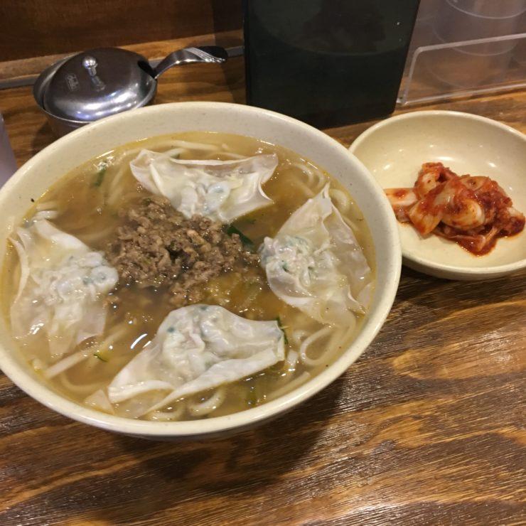明洞に行ったら必ず食べたい! 老舗韓国グルメ「明洞餃子」知っていますか?