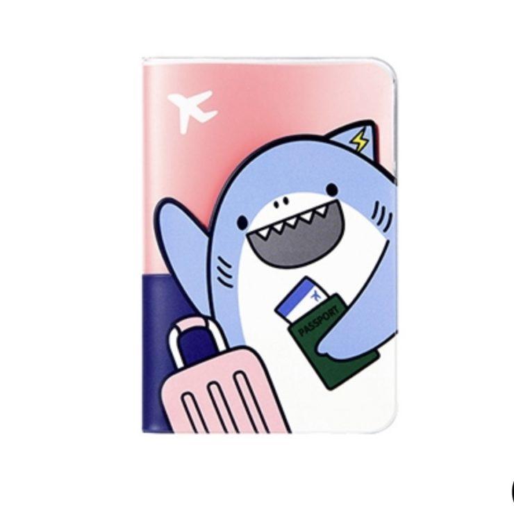 みなさんは何を使ってますか? 個性が出るパスポートケース!!