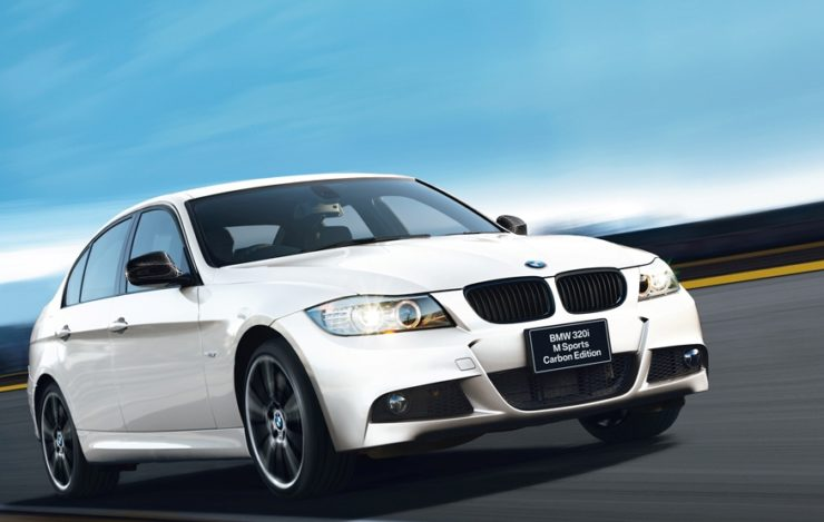 BMW 『320i』