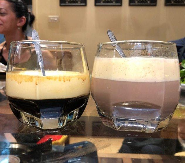 自作のエッグコーヒーとエッグココア